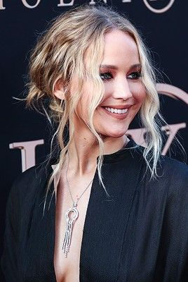 Pin By J Quin Fab On Jennifer Lawrence 3 Jennifer Lawrence Jennifer Lawrence X Men Jennifer
