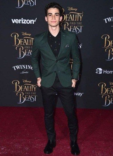 Cameron Boyce Height Weight Age Wiki Stat Facts Family Cameron Boyce Cameron Boyce Family Cameron