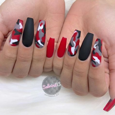 red nail designs 45 Stylish Red and Black Nail Designs Youll Love Camo Nail Designs, Cute Acrylic Nail Designs, Black Nail Designs, Coffin Nail Designs, Long Nail Designs, Edgy Nails, Stylish Nails, Swag Nails, Grunge Nails