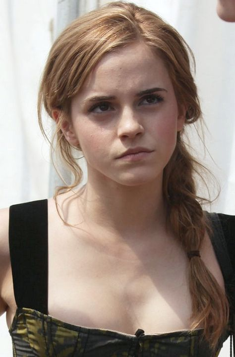 23 Emma Watson Frisuren Emma Watson Hair Pictures Frisuren Emma Watson Kurze Haare Und Emma Watson Haare