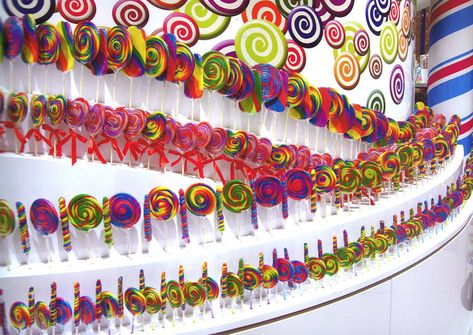 CANDYLICIOUS is opening in KLCC in November. It is the WORLD'S LARGEST Candy store. They carry over 5000 types of candies. Can you imagine a...