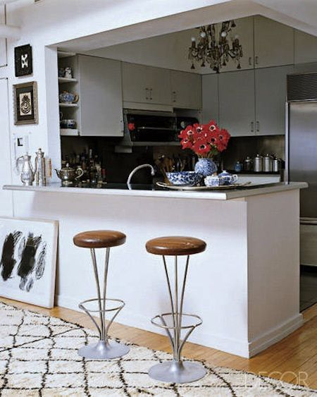 Madeline Weinrib S Home In The Hamptons Aphrochic Modern Soulful Style Small Kitchen Inspiration Contemporary Kitchen Kitchen Remodel