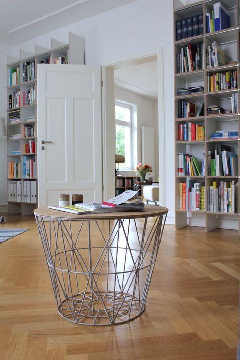 Bücherwand mit sockel und türen bücherregal stocubo thies wohnideen pinterest bücherwand sockel und bücherregale
