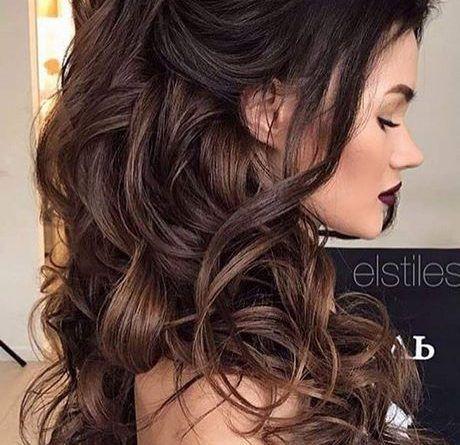 Wunderschone Frisuren Fur Langes Haar Frisuren 2019 Lange Haare Frisur Ideen Hochzeitsfrisuren