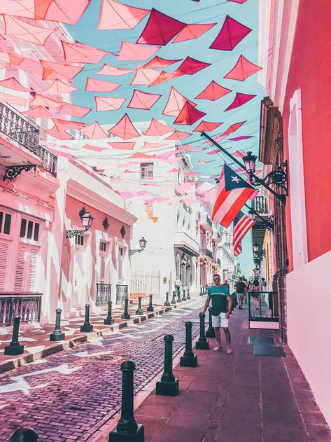 to do in Old San Juan! Read the top things to do in Puerto Rico! Puerto Rico is one of the easiest places to get to from the United States as well as one of the most beautiful! Click through to see what you can't miss while visiting the island! Puerto Rico Trip, San Juan Puerto Rico, Places To Travel, Travel Destinations, Places To Visit, Puerto Rico Pictures, Old San Juan, Porto Rico, Rico Design