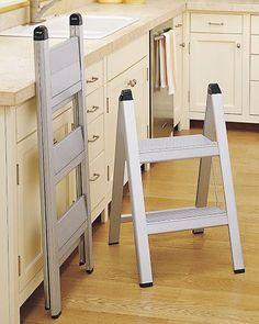 Lightweight Foldable Step Ladder