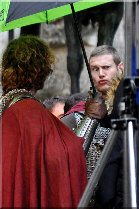 Pierrefonds Sept. 2012 - Some funny guy! by MorgainePendragon on DeviantArt
