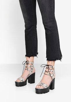 ponadczasowy design cienie niesamowite ceny beżowe sandały