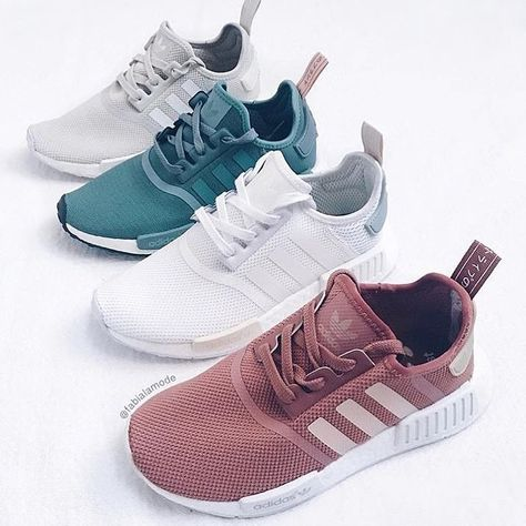 Let's examine Adidas NMD sneakers. Kayla Itsines, Sneaker Heels, Shoes Sneakers, Shoes Addidas, Women's Shoes, Adidas Sneakers, Tenis Nmd, Sneaker Store, Basket A Talon