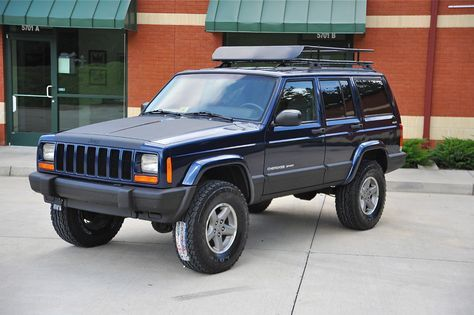3 31s Xj Blue Jeep Cherokee Xj Lifted Jeep Cherokee Lifted Jeep