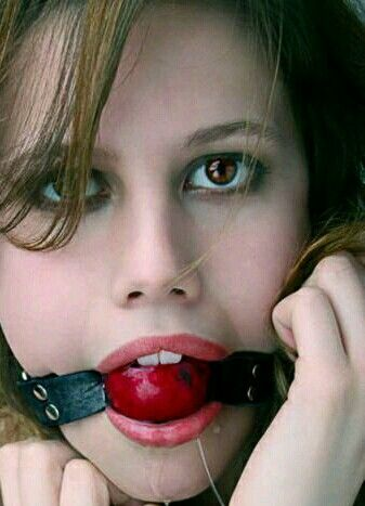 Dental gag bdsm