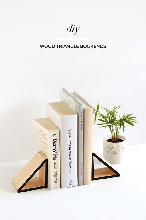 Diy Wood Triangle Bookends Diy Bookends Wood Diy Diy Home