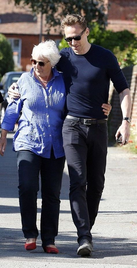 Tom with his mom, Diana I love a man that loves his mama!