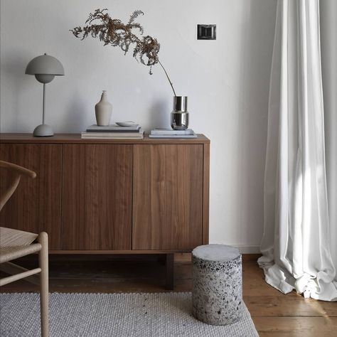 Andtradition On Instagram Flowerpot Vp3 Table Lamp By Verner Panton In Great Harmony On Michieljbosman S Commode Here Seen In Matt Light Grey A