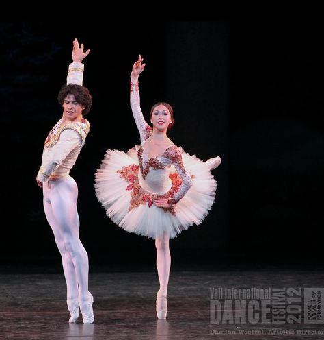 Don Quixote Act III Pas de Deux. Misa Kuranaga (Boston Ballet) & Herman Cornejo (American Ballet Theater) . International Evenings of Dance I. Vail International Dance Festival Gerald R. Ford Amphitheater, 8/3/12 © 2012 Erin Baian