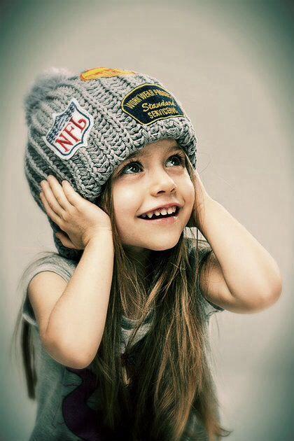 7518825093721  3.  3. 5y 1. More Details · Khadija Pinterest Account. Khadija   khadija3348. Petit bébé avec des All Star  cute  converse  myminimi  baby   kids