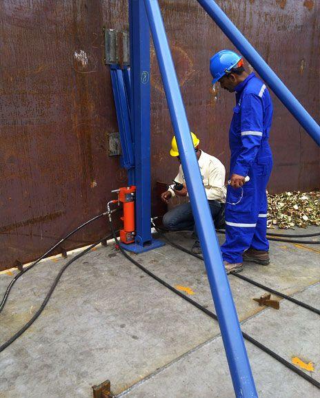 Pin On Hydraulic Jacking Equipment