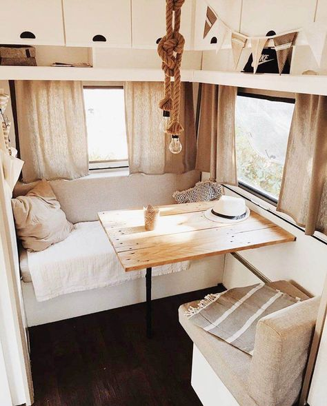 Van Living, Tiny House Living, Home And Living, Living Room, Vintage Caravans, Caravan Vintage, Vintage Caravan Interiors, Vintage Travel, Vintage Campers