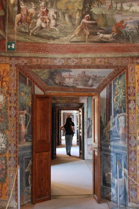 Le Terrae walking tours: Visit to Villa d'Este, Tivoli. Photo © Anna V. www.leterrae.com