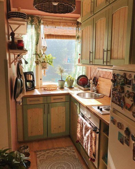 Kitchen Decor Ideas For Small Kitchen Layouts - Just Kitchen #smallkitchendecora...#decor #ideas #kitchen #layouts #small #smallkitchendecora