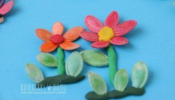 Sloneczniki Z Pestek Dyni Dzieciaki W Domu Daisy Girl Scouts Activities For Kids Easter Spring