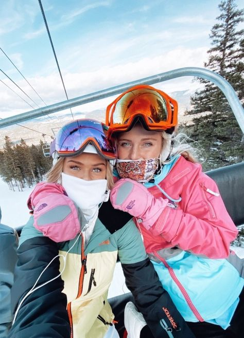 Discover recipes, home ideas, style inspiration and other ideas to try. Best Friend Pictures, Bff Pictures, Bffs, Art Football, Ski Girl, Snowboarding Outfit, Ski Season, Ski And Snowboard, Ski Ski