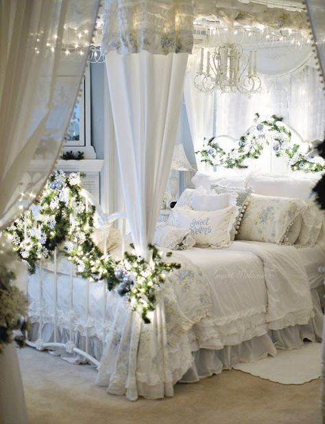 ~Sweet Melanie~: A Little Blue Guest Room Decor, Room Ideas Bedroom, Small Room Bedroom, Bedroom Decor, Shabby Bedroom, Pretty Bedroom, Shabby Cottage, Beautiful Bedrooms, Romantic Bedrooms