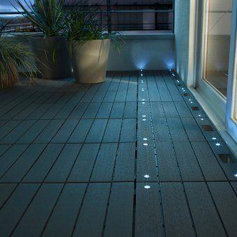 Terrasse Avec Spots Encastrables Collection Blooma Terrasse En Dalles Composite A Led Kennet Ref 625018 Eclairage Exterieur Terrasse Dallage Exterieur