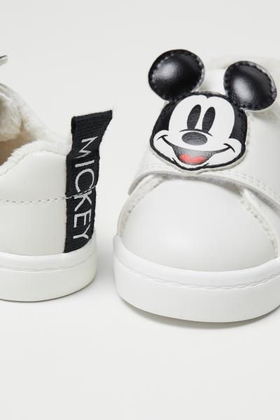 Baskets Avec Application Blanc Mickey Enfant H M Fr 2 Baby Shoes Boys Accessories Baby Clothes