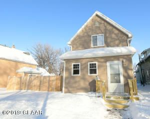 Photo For 624 4th Street N Grand Forks Nd 58203 Listing 19 2222 Grand Forks House Styles Sherwin Williams Colors