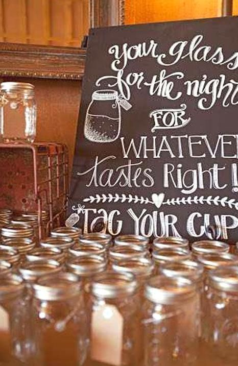 Unique And Affordable Country Wedding Ideas For Spring Summer Or Fall In 2020 Wedding Favor Table Wedding Ceremony Location Country Wedding
