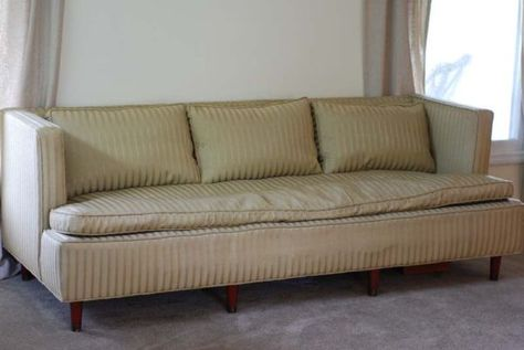 Surprising 1950S Vintage Sofa Found On My Local Craigslist Vintage Dailytribune Chair Design For Home Dailytribuneorg