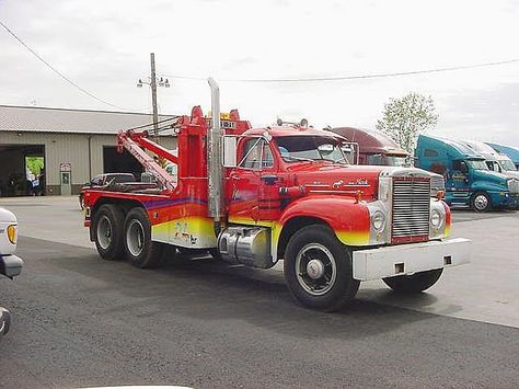 mack tow trukck wrecker on pinterest tow truck recovery and fire trucks. Black Bedroom Furniture Sets. Home Design Ideas