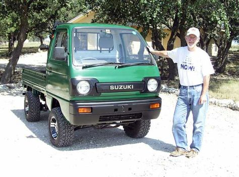 Suzy is a 1990 Suzuki Carry Japanese 'Kei' truck