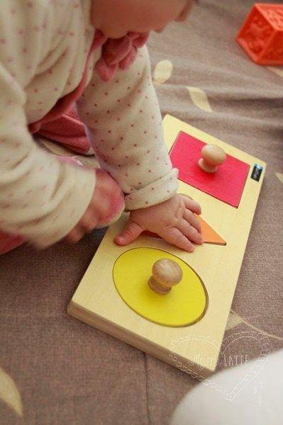 Mamilatte El Juego De Los 6 A 12 Meses Pedagogía Montessori Juegos Didacticos Para Bebes Juguetes Montessori Actividades Montessori