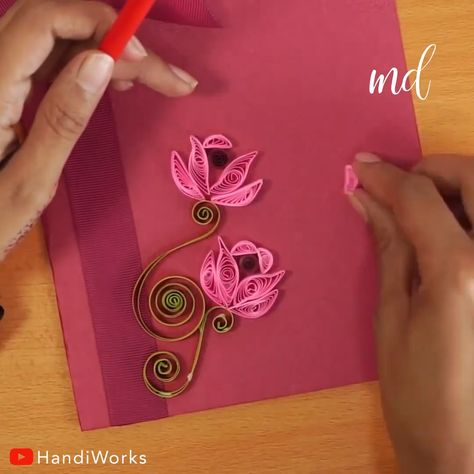 This greeting card with a paper quilling design is absolutly mesmerizing! By: HandiWorks