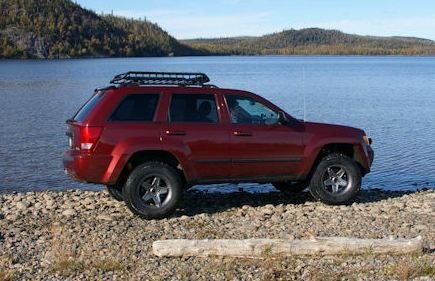 Jeep Grand Cherokee A Arms Http Www Jeepinbyal Com With Images Jeep Wk Jeep Grand Cherokee Jeep