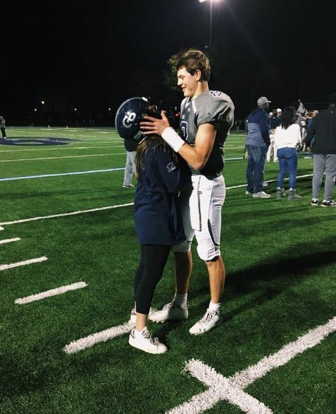 30 Relationship Goals Pictures You Must Try with Your Bae! Looking for relationship goals picture ideas to take with your loved one? Take a look at these cute and funny couple goals pictures and poses for inspiration. Football Couple Pictures, Football Couples, Football Boyfriend, Sports Couples, Boyfriend Goals, Cute Couple Pictures, Future Boyfriend, Football Cheerleader Couple, Military Couples