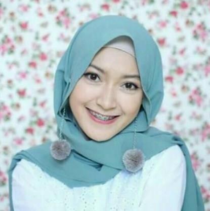 Tutorial Hijab Pashmina Anting