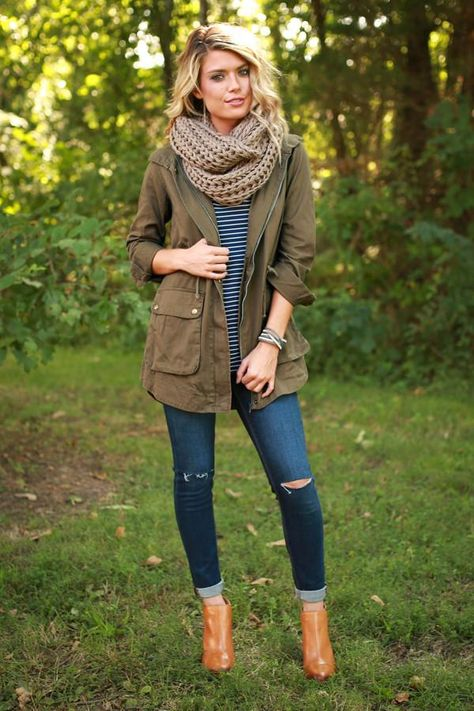 Changing Seasons Cargo Jacket uploaded by Fairydust Cute Fall Outfits, Fall Winter Outfits, Autumn Winter Fashion, Casual Outfits, Fall Layered Outfits, Fall Hiking Outfit, Cute Camping Outfits, Over 40 Outfits, Early Fall Outfits