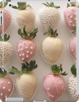 Chocolate Covered Treats, Chocolate Dipped Strawberries, Wedding Strawberries, Strawberry Dip, Strawberry Recipes, Strawberry Shortcake, Homemade Chocolate, Hot Chocolate, Blackberry Syrup