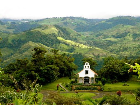 Explore quaint Costa Rican villages on an active vacation with VBT.
