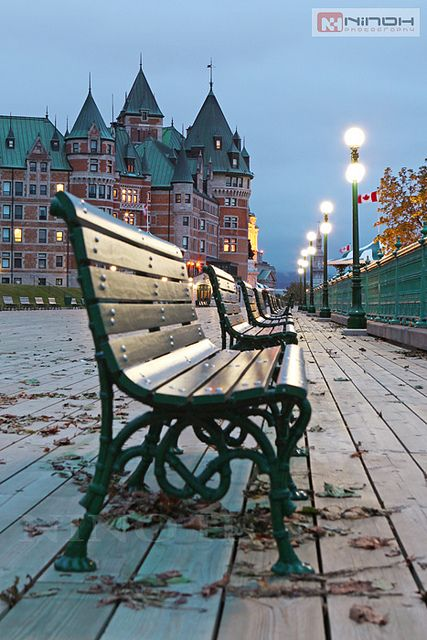 Benches On The Dufferin Terrace Quebec City Peinture Sur Toile Canada Bancs