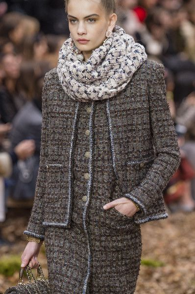 Chanel at Paris Fashion Week Fall 2018 - Chanel Cardigan - Ideas of Chanel Cardigan - Chanel at Paris Fashion Week Fall 2018 Details Runway Photos