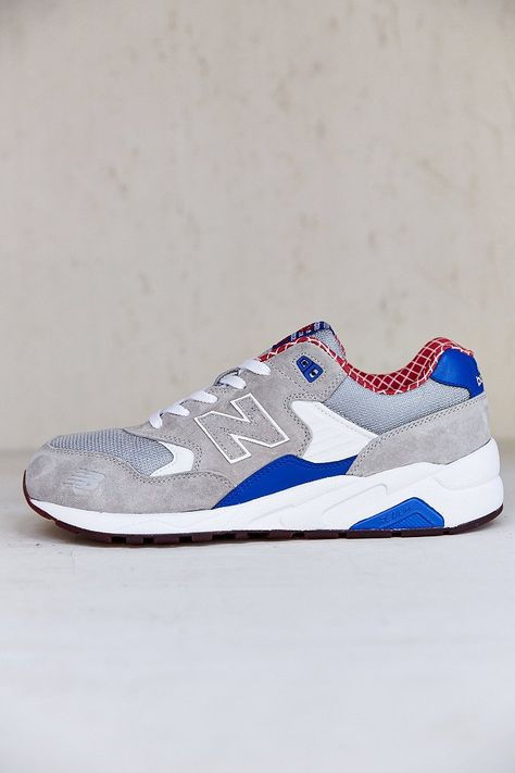 separation shoes b2401 58cfa New Balance X UO 580 Sneaker - Urban Outfitters | Style ...