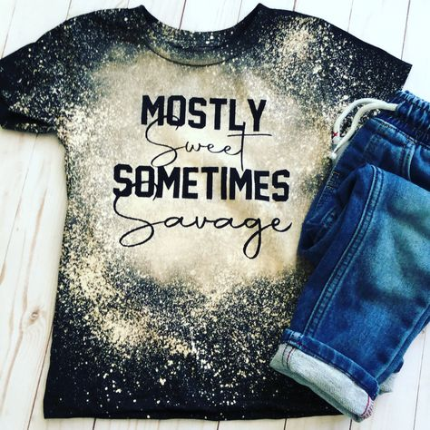 Vinyl Shirts, Mom Shirts, Cute Shirts, Shirts For Girls, Funny Shirts, Band Shirts, Bleach Shirt Diy, Diy Shirt, Bleach Pen