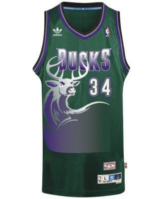 adidas Men s Ray Allen Milwaukee Bucks Swingman Jersey - Black XL 3a77c3fc4