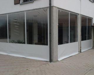 Tende Veranda Cristal : Chiusura portico con tende verticali in pvc e cristal casas