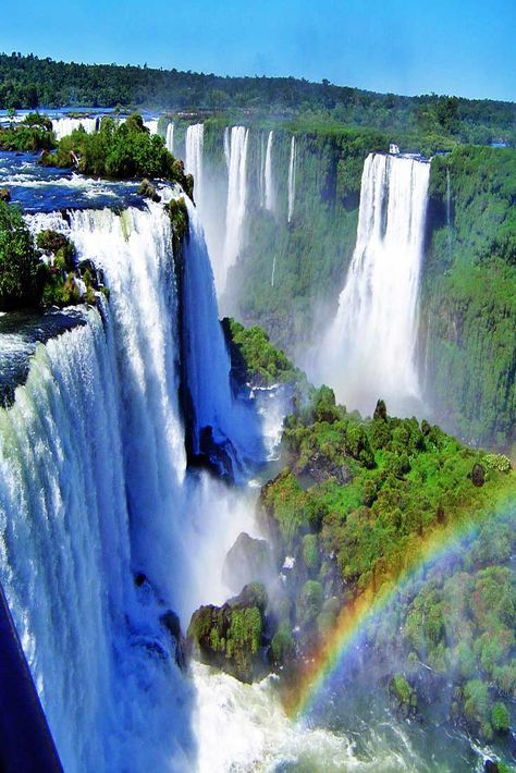 Travel Discover Iguazu Falls am Iguazu Nationalpark Argentinien. Beautiful Waterfalls Beautiful Landscapes Oh The Places You& Go Places To Travel Cool Places To Visit Iguazu National Park Parc National Beautiful World Beautiful Places Beautiful Waterfalls, Beautiful Landscapes, Iguazu National Park, Parc National, Argentina Travel, Beautiful Places To Travel, Beautiful Sites, Wonderful Places, Nature Pictures