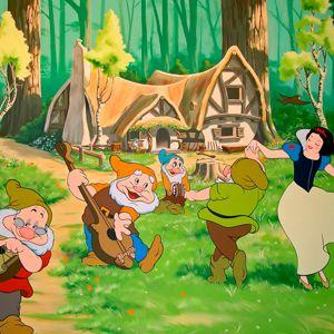 Cuento De Blancanieves Y Los 7 Enanitos Completo Con Imágenes Blancanieves Historieta De época Dibujo De Blancanieves